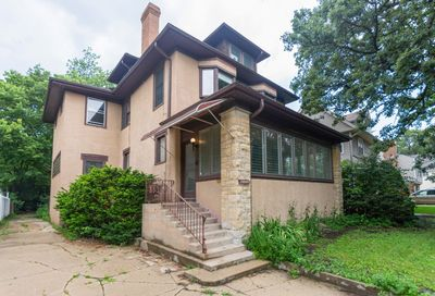 10848 South Hoyne Avenue Chicago IL 60643
