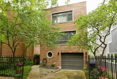 1908 North Howe Street Chicago IL 60614