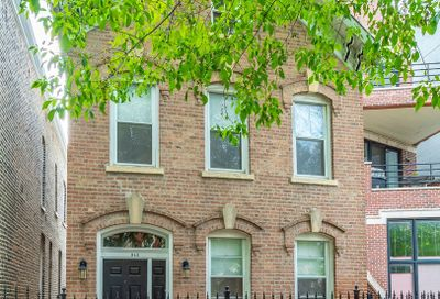 942 North Honore Street Chicago IL 60622