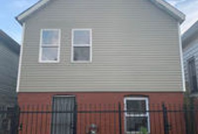 4427 West Carroll Avenue Chicago IL 60624