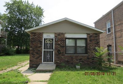 1353 West 109th Place Chicago IL 60643