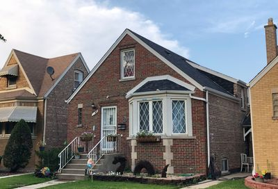5647 South Keeler Avenue Chicago IL 60629