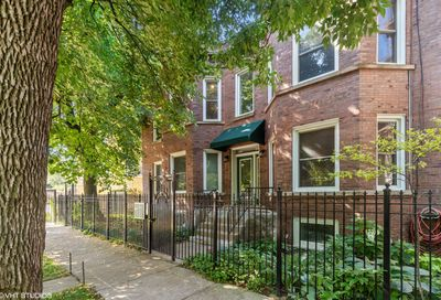 2434 North Linden Place Chicago IL 60647