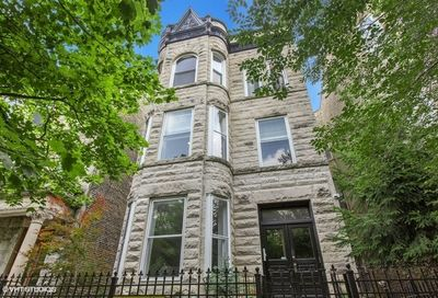 927 West Newport Avenue Chicago IL 60657