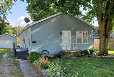 409 West Railroad Street Earlville IL 60518