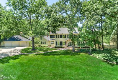 122 Carriage Road North Barrington IL 60010