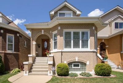 5724 West Cullom Avenue Chicago IL 60634