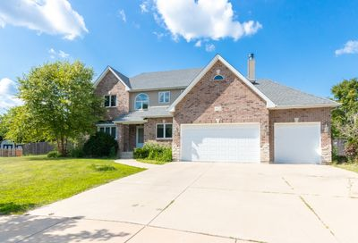 111 Old Wood Court Aurora IL 60506