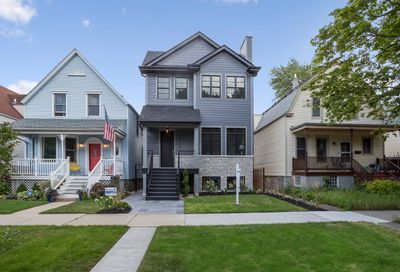 2313 West Farragut Avenue Chicago IL 60625