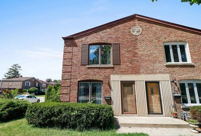 2938 Desplaines Avenue North Riverside IL 60546