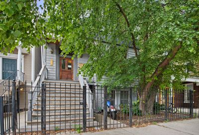1040 West Roscoe Street Chicago IL 60657
