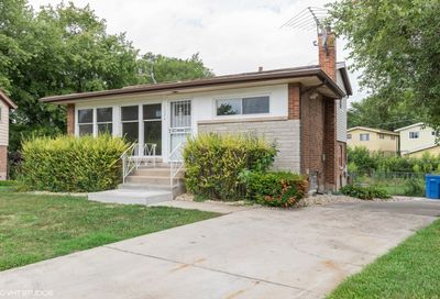 1226 East 85th Place Chicago IL 60619