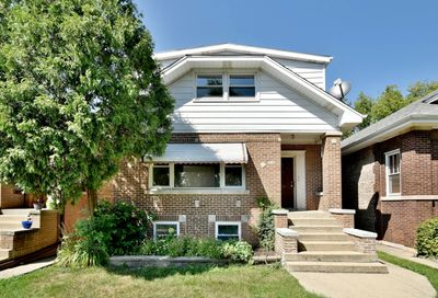 5116 West Cornelia Avenue Chicago IL 60641