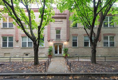 2021 West Willow Street Chicago IL 60622