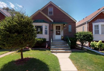 2506 Keystone Avenue North Riverside IL 60546