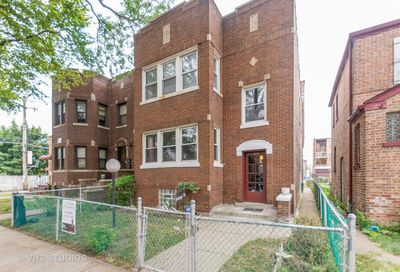 10238 South Eberhart Avenue Chicago IL 60628