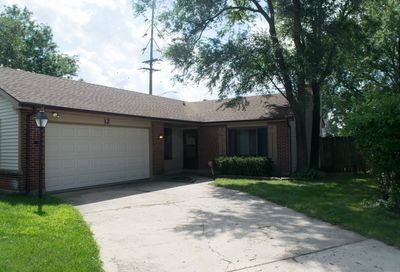 12 Southbury Court Streamwood IL 60107