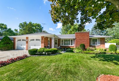 233 Snow Street Sugar Grove IL 60554