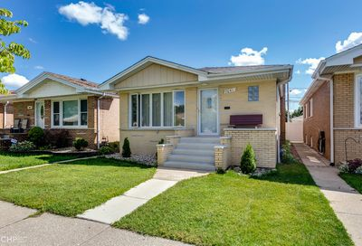 7041 West 64th Street Chicago IL 60638