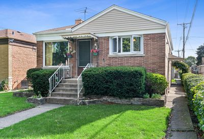2219 Forest Avenue North Riverside IL 60546