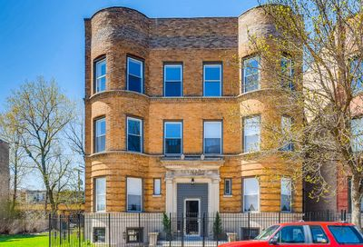 4512 South Calumet Avenue Chicago IL 60653