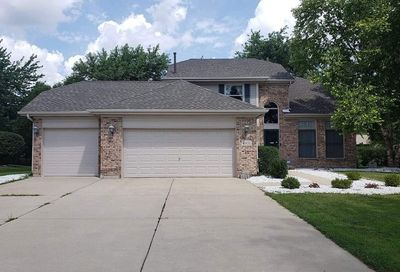 4851 Clearwater Lane Naperville IL 60564
