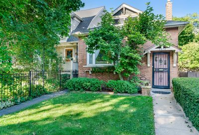 5474 South Ridgewood Court Chicago IL 60615