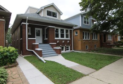 5418 West Henderson Street Chicago IL 60641