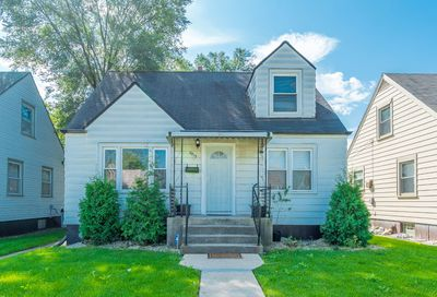 3915 West 85th Street Chicago IL 60652