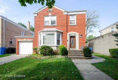 2938 West Pratt Boulevard West Chicago IL 60645