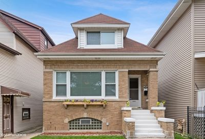 5118 West Berenice Avenue Chicago IL 60641