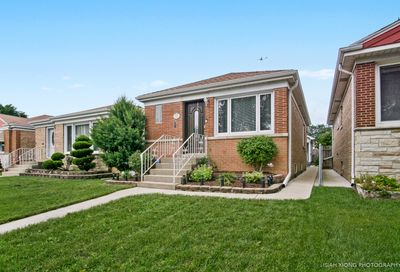 6918 West Foster Avenue Chicago IL 60656