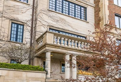 2126 North Lincoln Park West Chicago IL 60614