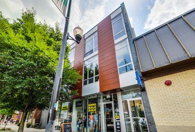 2041 West Roscoe Street Chicago IL 60618