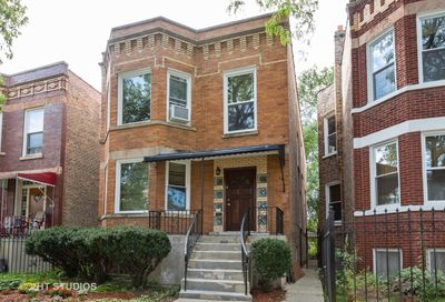 2306 North Springfield Avenue North Chicago IL 60647