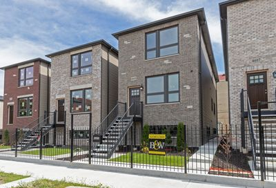 527 East 42nd Place Chicago IL 60653