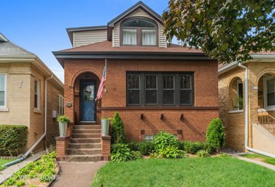 6220 West Holbrook Street Chicago IL 60646