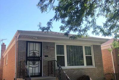 4351 South Keating Avenue Chicago IL 60632