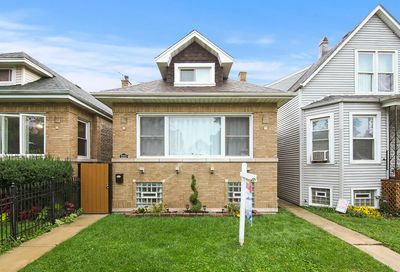 2252 North Keating Avenue Chicago IL 60639