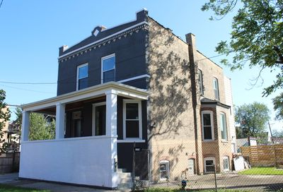 3267 West Cortland Street Chicago IL 60647