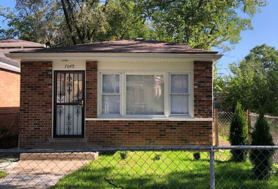 7049 South Aberdeen Street Chicago IL 60621