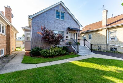 6252 North Nagle Avenue Chicago IL 60646