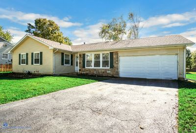 130 Kingswood Court Naperville IL 60565