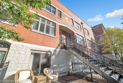 316 East 17th Street Chicago IL 60616