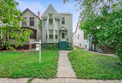 1815 West Chase Avenue Chicago IL 60626