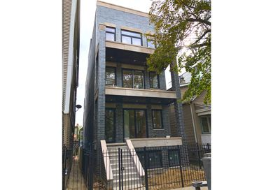 1711 West Roscoe Street Chicago IL 60657