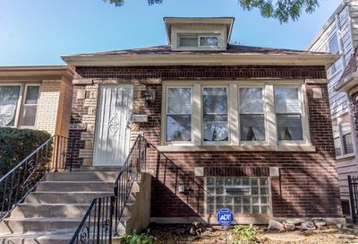 9128 South Essex Avenue Chicago IL 60617