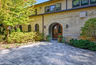 6 Cliff Road Highland Park IL 60035
