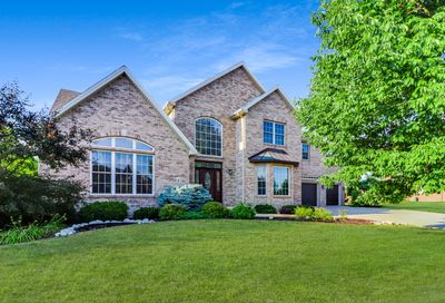 6 Windsong Way Bloomington IL 61704
