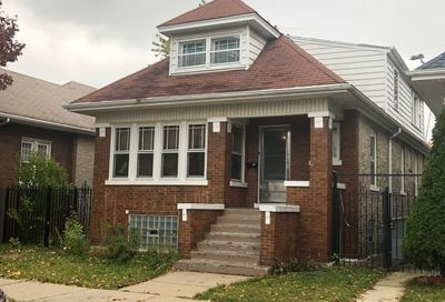 4707 West Deming Place Chicago IL 60639